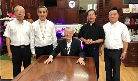 Ðức Tân Tổng Giám mục Giuse Nguyễn Năng đến Sài Gòn