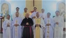 Ðức Thánh Cha ban tước Đức Ông cho linh mục Phêrô Nguyễn Chí Thiết