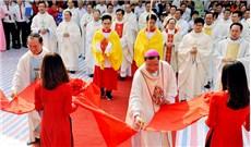 Làm phép nhà mục vụ giáo xứ Bái Xuyên (TGP Hà Nội)