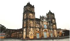 Nhà thờ Chánh tòa Bùi Chu, một di sản...