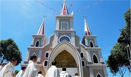 Cung hiến, khánh thành nhà thờ giáo xứ An Ngãi Ðông