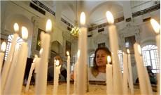 Ðức Giáo Hoàng tặng 6.000 chuỗi Mân Côi cho tín hữu Syria