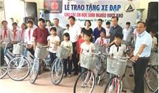 Caritas Hải Phòng tặng xe đạp cho học sinh nghèo
