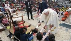 Ðức Giáo Hoàng mang hòa bình và hy vọng đến Hạ Sahara
