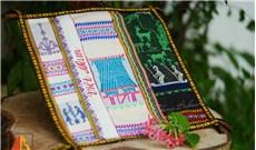 Phục sinh làng nghề dệt thổ cẩm truyền thống
