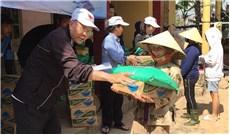 Caritas nỗ lực cứu trợ bà con vùng lũ