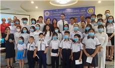 Học bổng Khôi Bình nâng bước học sinh nghèo