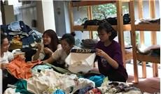 Chuyện đằng sau những tủ quần áo từ thiện