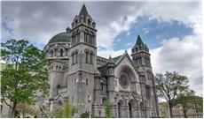 Nhiều nhà thờ tại Mỹ từng tạm đóng cửa cách đây hơn 100 năm vì dịch