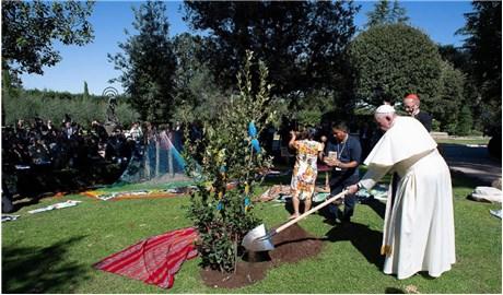 """Công giáo và Dân tộc mở chuyên mục  """"Sống xanh với Ngôi nhà chung"""""""