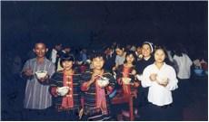 Ánh sáng Thư Chung trên chặng đường 4O năm qua