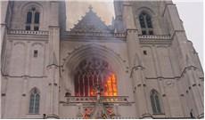Hỏa hoạn tại nhà thờ Chánh tòa Nantes