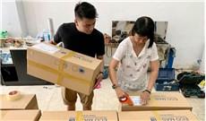 Ca đoàn Thông Vi Vu tặng gần 60.000 khẩu trang