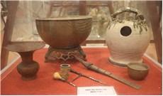 Trưng bày bộ sưu tập văn hóa trầu cau