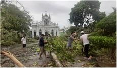 TGP Huế: Các giáo xứ nỗ lực khắc phục sau bão số 5
