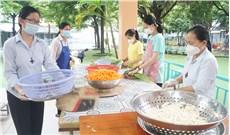 Bếp cơm tu sĩ dòng  Ðức Bà Truyền giáo
