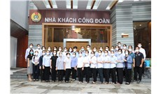 33 tu sĩ trở về sau 77 ngày phục vụ bệnh nhân Covid-19