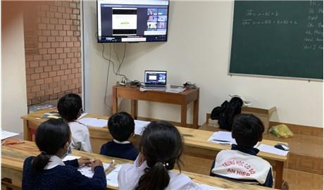 Giáo xứ Gân Reo hỗ trợ trẻ em dân tộc thiểu số học trực tuyến