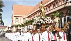 Từ hai Thư chung của Ðức Giám mục Tây Ðàng Ngoài đến việc  sùng kính Thánh Giuse của người Công giáo Việt Nam