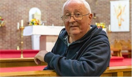Vị linh mục phục hồi kỳ diệu sau khi nhiễm Covid-19