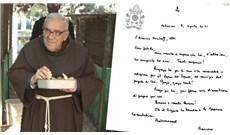 Đức Thánh Cha chúc mừng sinh nhật vị linh mục dấn thân vì hòa bình