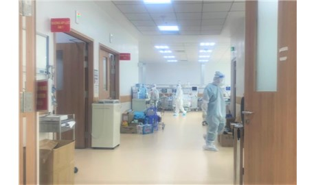 Ký ức của tu sĩ về bệnh viện Covid-19: Thương quá, bà ơi!