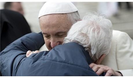 Đức Giáo Hoàng gởi thư cho các linh mục cao tuổi tại Ý