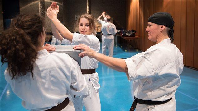 Khi nữ tu làm võ sư Karate - Ảnh minh hoạ 3
