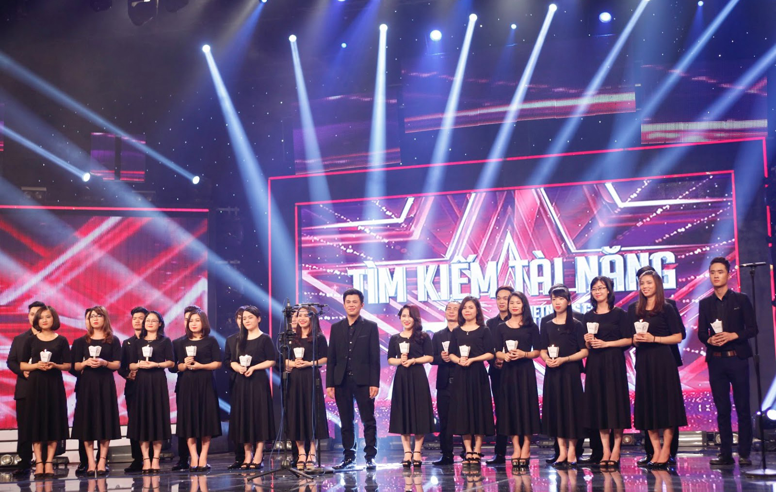 Mang Thánh Ca lên truyền hình Việt Nam