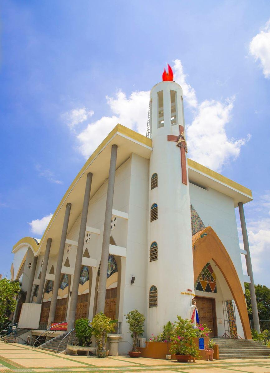 Giáo Xứ Tân Phước : chuyển mình mạnh mẽ sau 50 năm