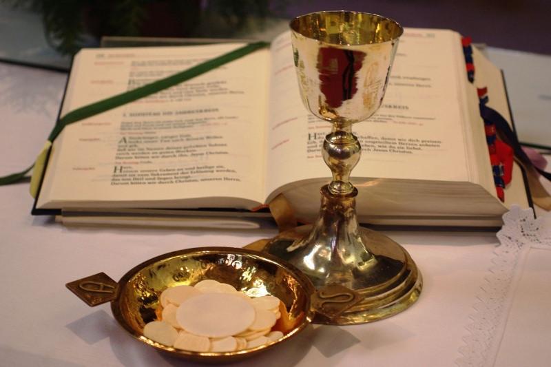 Kết quả hình ảnh cho kinh nguyện thánh thể