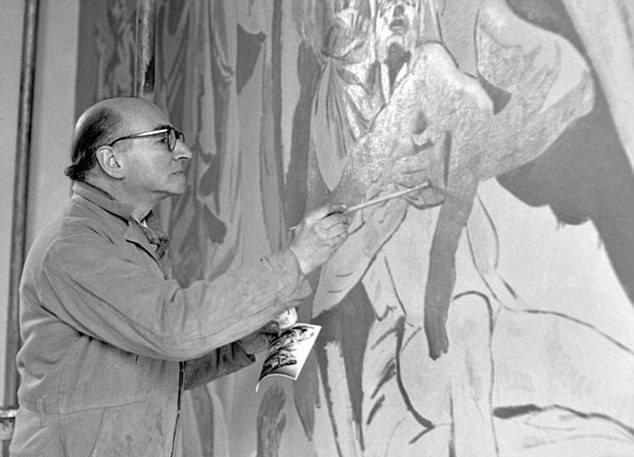 Phát hiện tranh bích họa bị che giấu gần 50 năm ở Anh - Ảnh minh hoạ 4