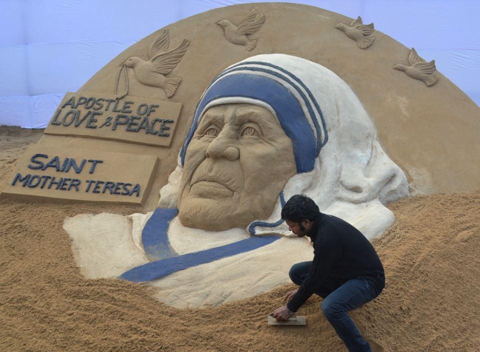 nguong mộ mẹ Teresa