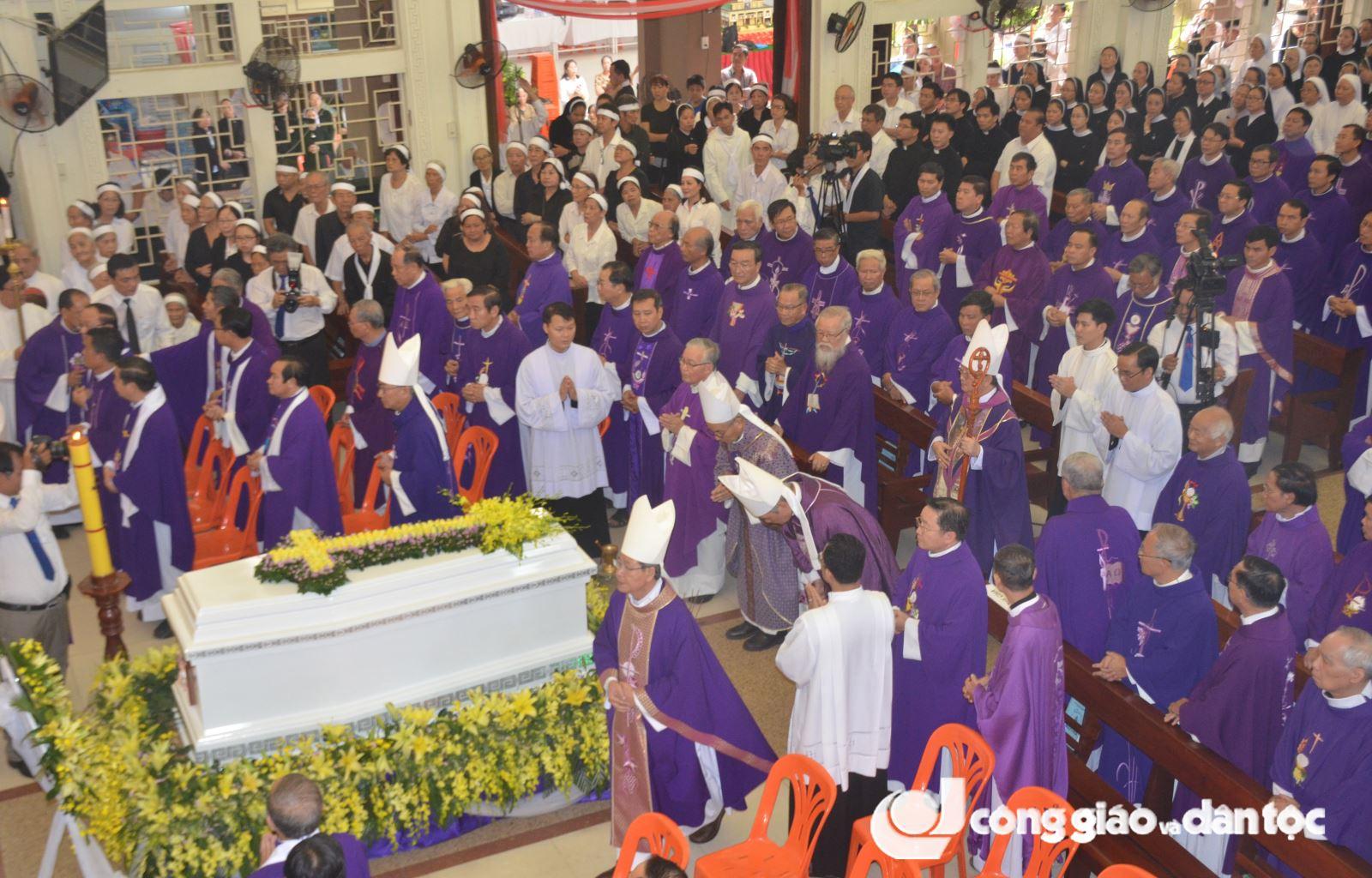 Lễ an táng Đức ông Phanxicô Borgia Trần Văn Khả