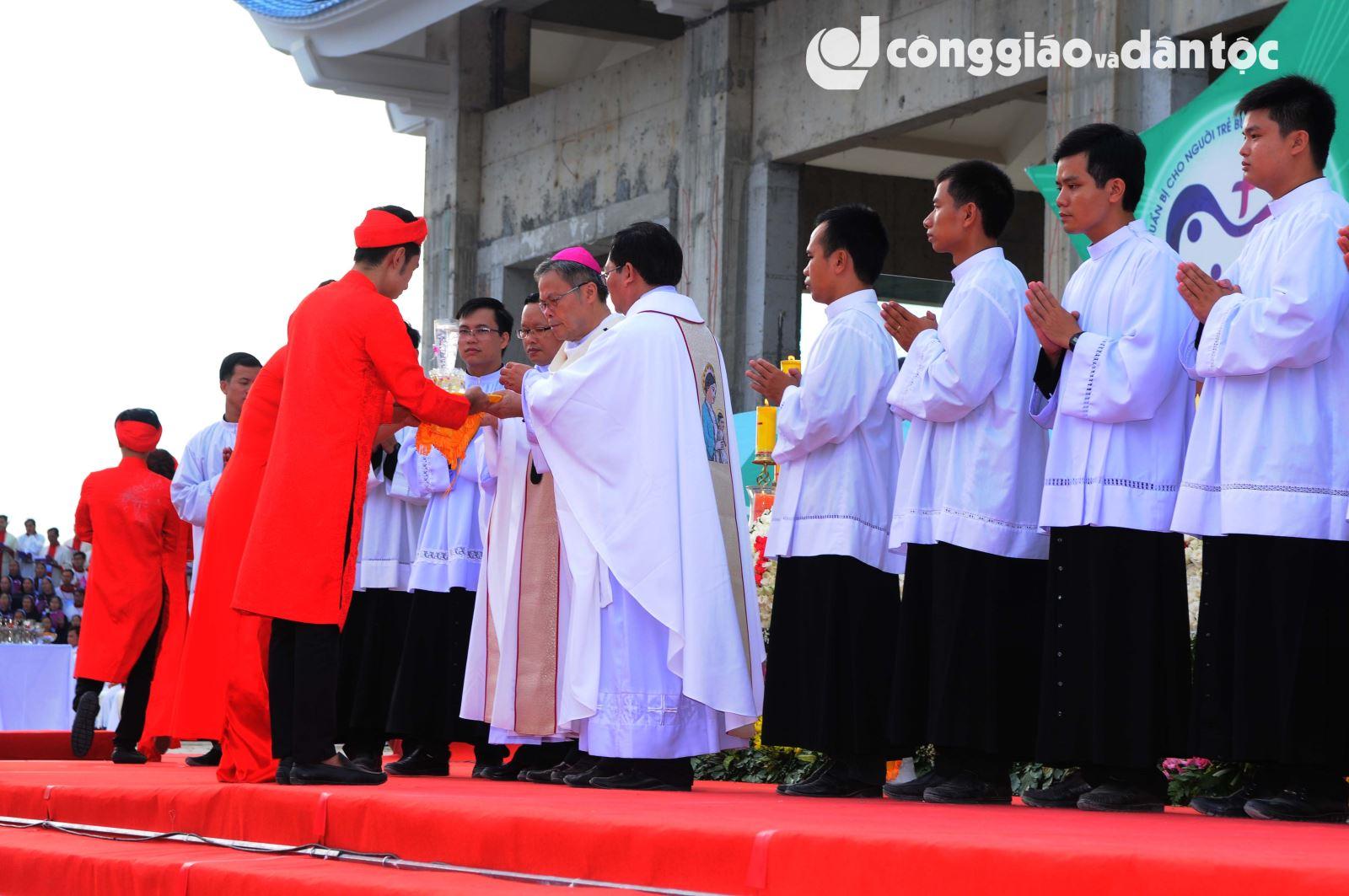 Ket thuc Dai hoi hanh huong La Vang lan thu 31