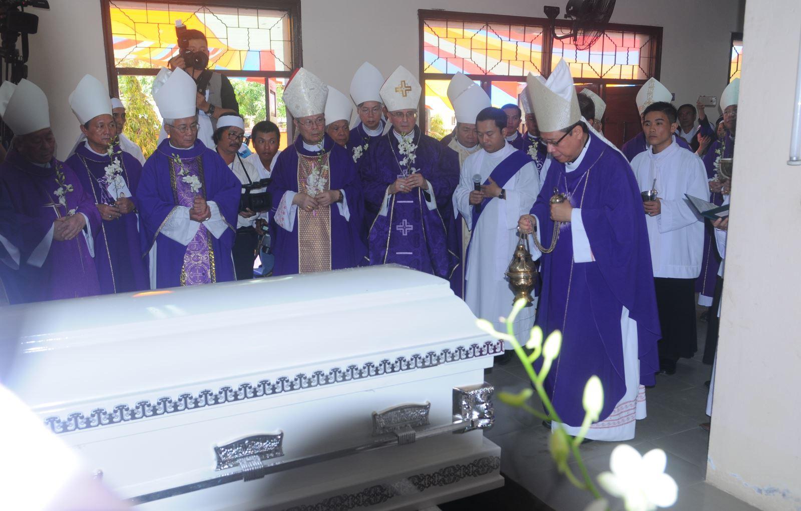Vĩnh biệt Đức Giám mục Giuse Vũ Duy Thống - Ảnh minh hoạ 3