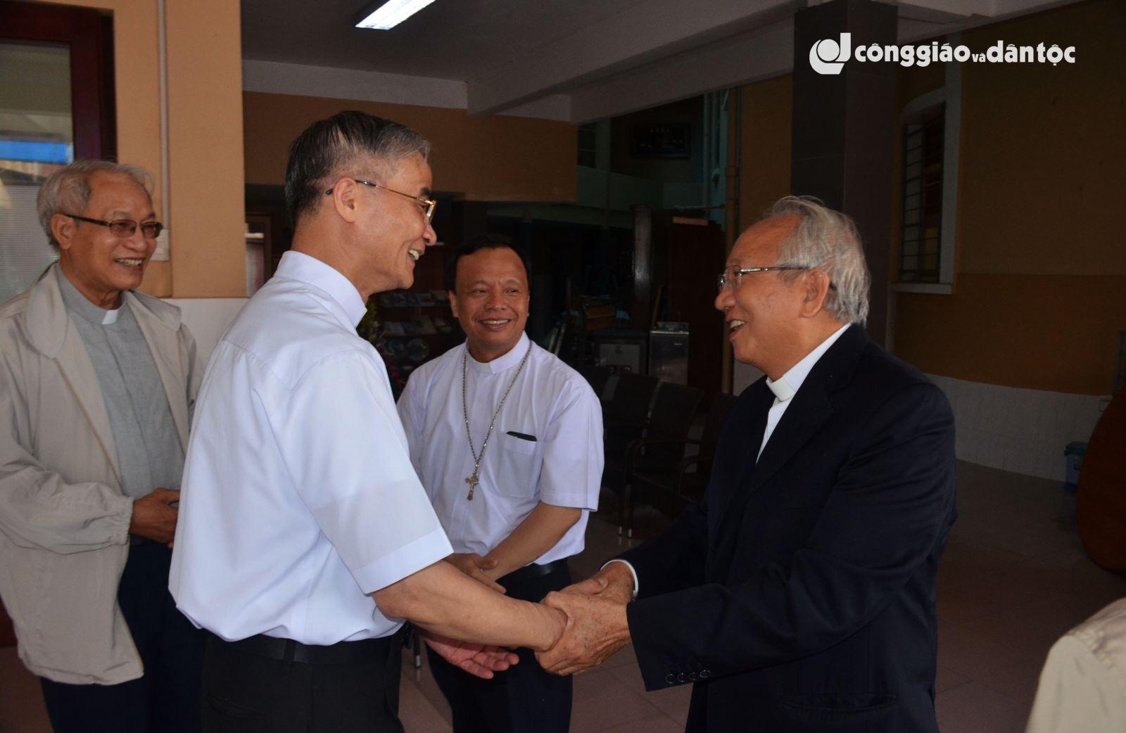 Giam muc Nguyen Van Manh