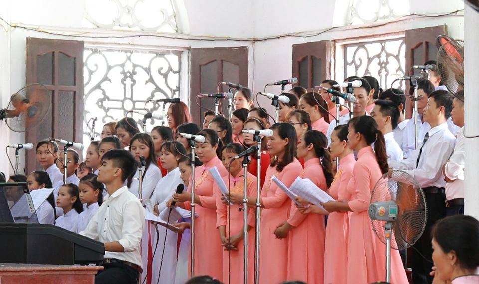 Gx Hong Quang chau luot nam 2017