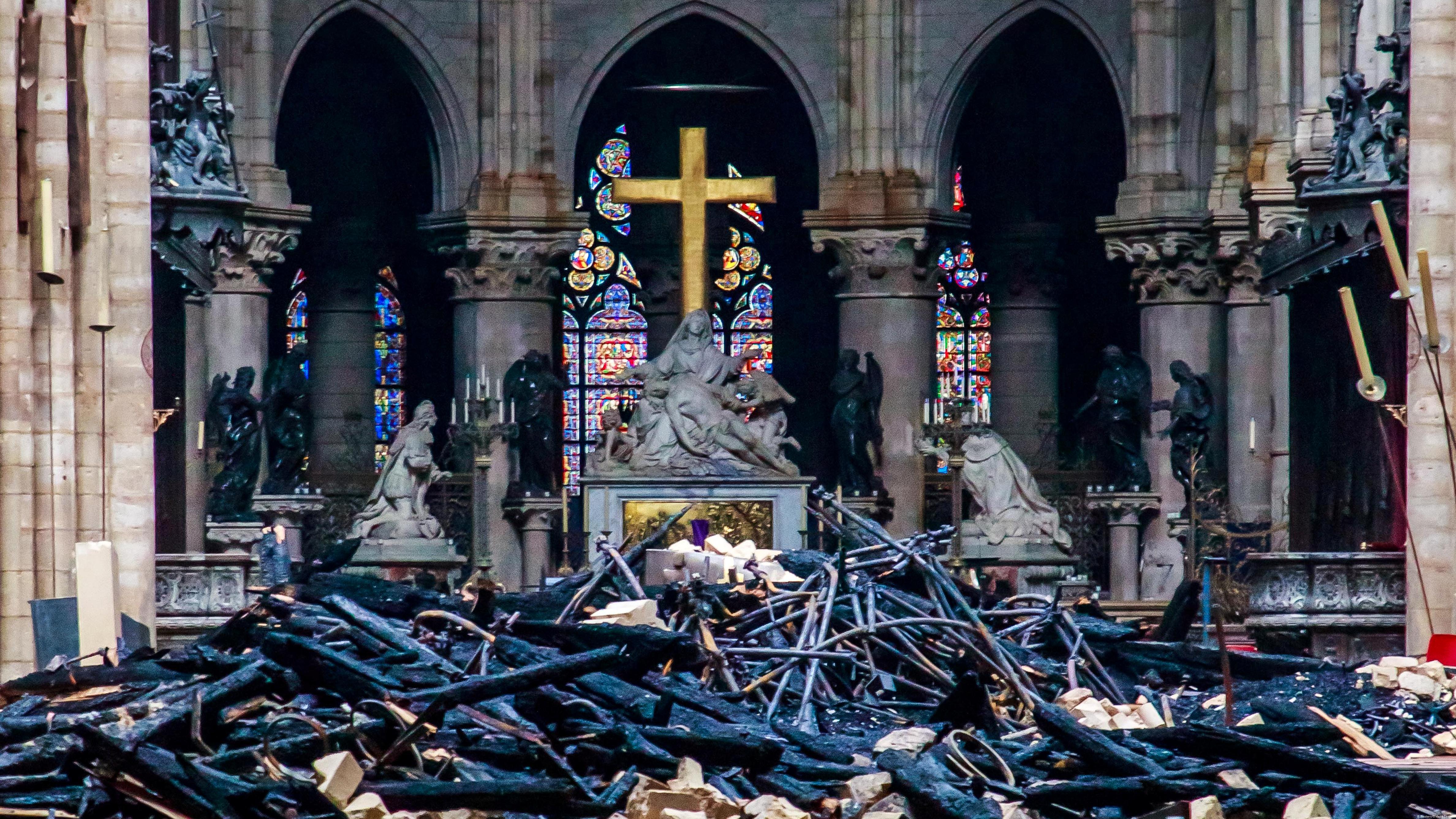 Kết quả hình ảnh cho notre dame cathedral